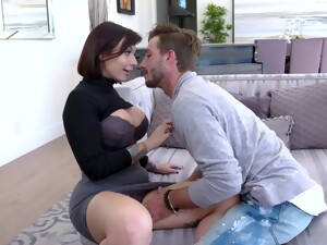 Super Hot Busty Nympho Ivy Lebelle Gets Her MILFie Pussy Drilled Properly