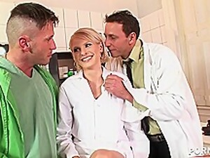Naughty Blonde Nurse Wiska Pussy Fisted And Double Pene