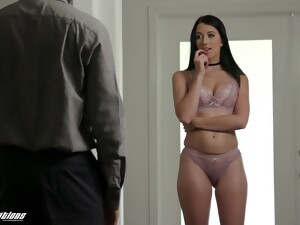 Friend's GF Alex Coal Turned To Be An Insatiable Whore And Blowjob Expert