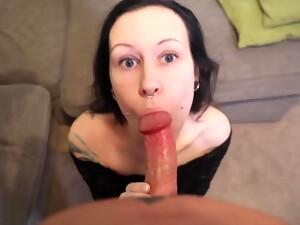 Goth Girl Gets Huge Facial After Giving Great Blowjob On Sofa