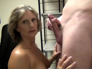 Milf Sucking Lovers Big Dick Before Swallowing Chunky Loads Of Sperm