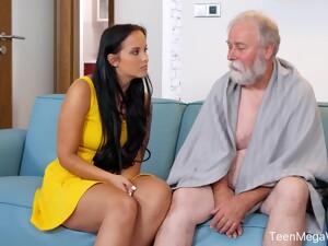 Jennifer Mendez Pleased Grandpa With Perfect Sex
