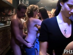 Cheeks in club drilled undress dancer