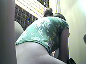 Pale Skin White Chick In The Toilet Room Peeing And Flashing Her Booty