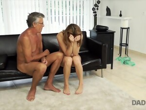 DADDY4K. Sex With Her Boyfriend´s Father After Swimming