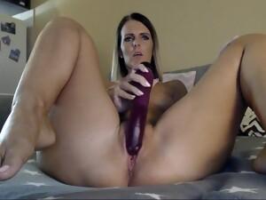 Melanie Milf Bitch - Solo Masturbation With Dildo On Webcam