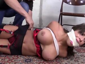 Hot Babe In Lingerie - Bondage Porn Video