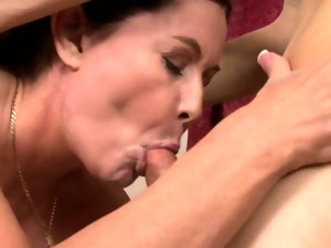 Shemale masseuse bangs female client