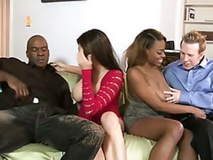 Interracial Swingers 458